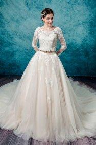 Leis Atelier - Wonderful Wedding Supplier - Little Tree Weddings (8)