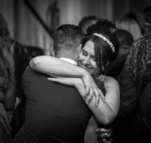 Lisa Lucas Photography - Wonderful Wedding Supplier - Little Tree Weddings (17)