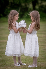 Lisa Lucas Photography - Wonderful Wedding Supplier - Little Tree Weddings (19)