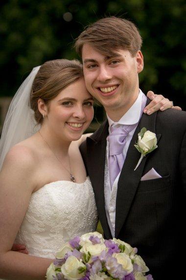 Lisa Lucas Photography - Wonderful Wedding Supplier - Little Tree Weddings (24)