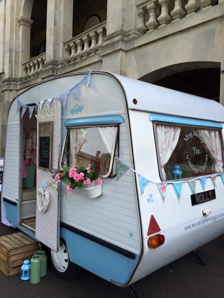 Miss Molly Caravan - Wonderful Wedding Suppliers - Little Tree Weddings - LTW (4)